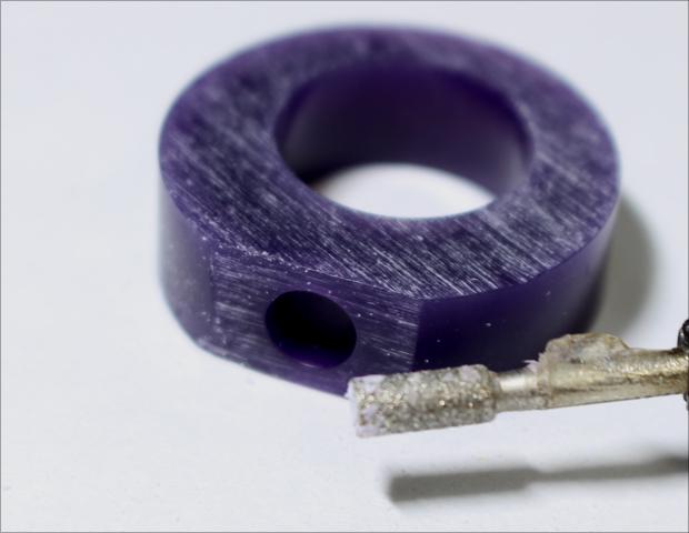 ワックスの削り出しで爪留のリングを作ろう